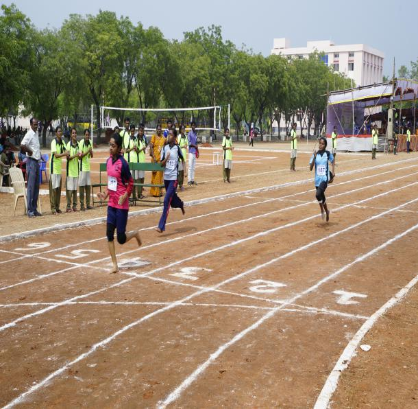 400 M Girls - State Level Intercollegiate Sports Meet Sponsored by The Tamil Nadu Dr. MGR Medical University, Chennai, on 08 - 10 Dec 2017